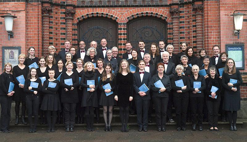 Johann-Sebastian-Bach-Chor Hamburg vor der Kreuzkirche